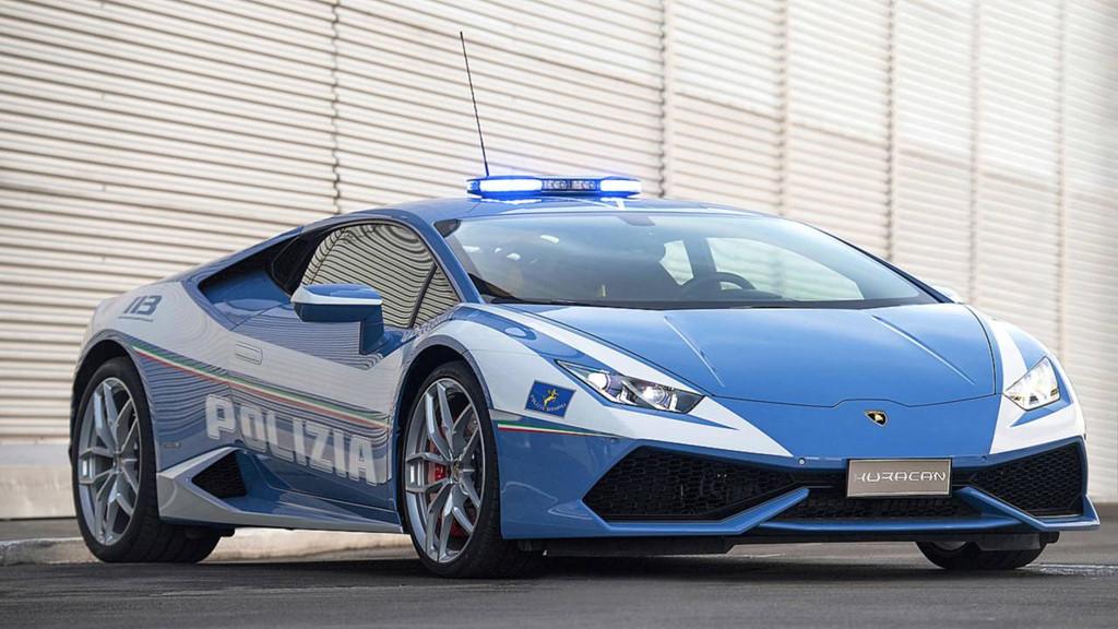 Những chiếc ôtô cảnh sát đẹp hơn xe của dân chơi-4