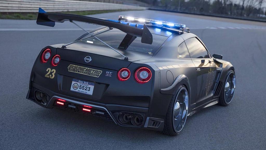 Những chiếc ôtô cảnh sát đẹp hơn xe của dân chơi-10