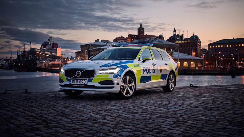 Những chiếc ôtô cảnh sát đẹp hơn xe của dân chơi-8