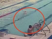 Trung Quốc: Người đàn ông lớn tuổi thản nhiên đại tiện giữa bể bơi khiến mọi người hoảng hốt lên bờ