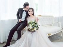 Vợ chồng Hứa Minh Đạt - Lâm Vỹ Dạ 'cưới lại' sau 8 năm hạnh phúc