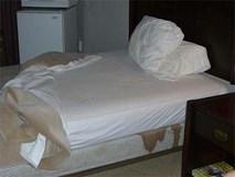 Kinh hoàng chồng giết vợ, giấu xác dưới gầm giường rồi ôm nhân tình ngủ ngay phía trên