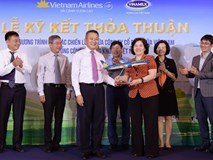 Thơm ngon thức uống Vinamilk trên chuyến bay Vietnam Airlines
