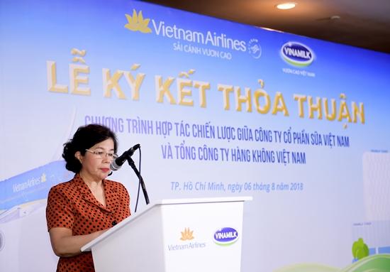 Thơm ngon thức uống Vinamilk trên chuyến bay Vietnam Airlines-2