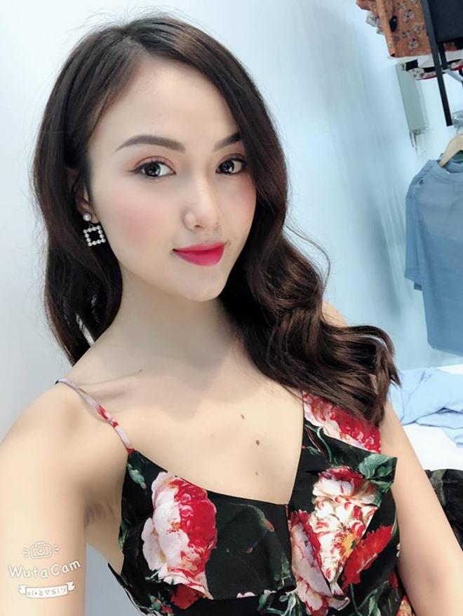 Bị ném đá vì mặc sexy đi xem U23 VN, dàn hot girl mong ước điều này ở dư luận-5