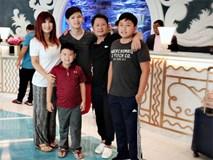 Hiếm hoi lắm, Bằng Kiều mới cùng vợ cũ đưa ba con trai đi du lịch để vun đắp tình cảm
