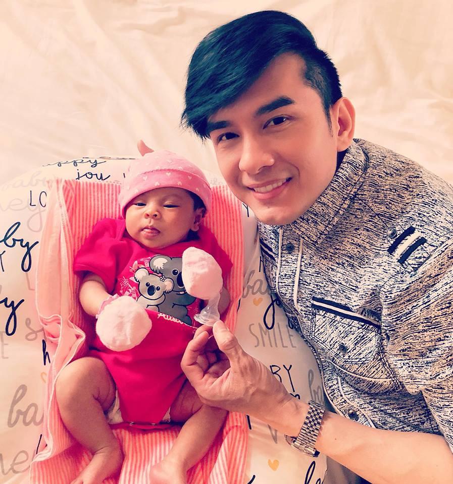 Khoảnh khắc Đan Trường đến thăm con gái Thanh Thảo, dân mạng tinh ý phát hiện ra điều đặc biệt!-3