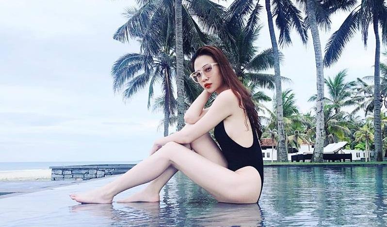 Mặc bikini khoét cao, Đàm Thu Trang - bạn gái Cường Đô la lại đốn tim fan-2