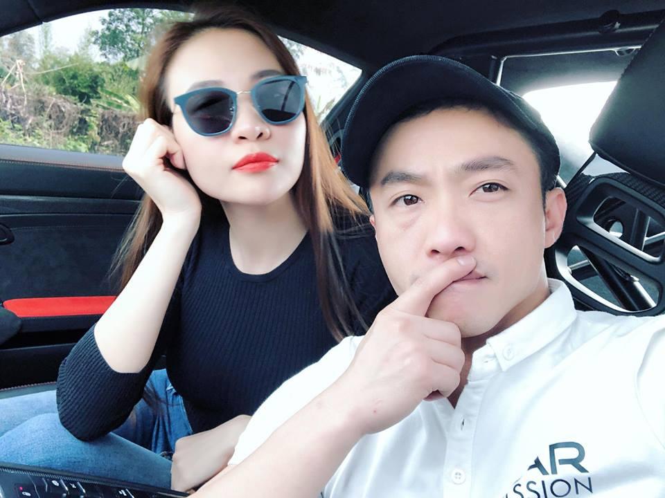 Mặc bikini khoét cao, Đàm Thu Trang - bạn gái Cường Đô la lại đốn tim fan-9