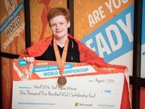 Thiếu niên 15 tuổi giành 35 triệu đồng từ Microsoft vì soạn Word, Excel và PowerPoint quá siêu
