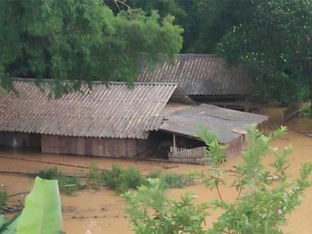 12 người chết và mất tích sau bão số 4