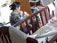 Xem camera giám sát, mẹ phát hiện con 5 tháng mắc viêm gan B là do người giúp việc