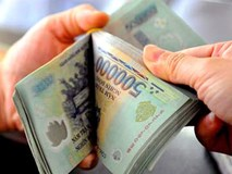 Lương nhân viên ngân hàng đã thay đổi ra sao sau 10 năm?