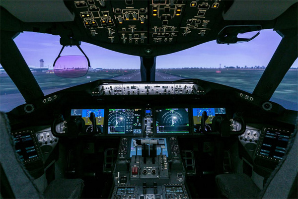 VNA mạnh tay đầu tư thiết bị huấn luyện buồng lái giả-3