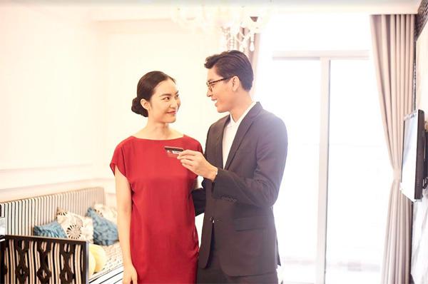 Quang Đại và Helly Tống bất ngờ 'lộ' ảnh cưới-3