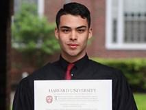Câu chuyện của những cử nhân Harvard: Cọ rửa toilet, đóng giá sách và bán quần áo để theo đuổi ước mơ