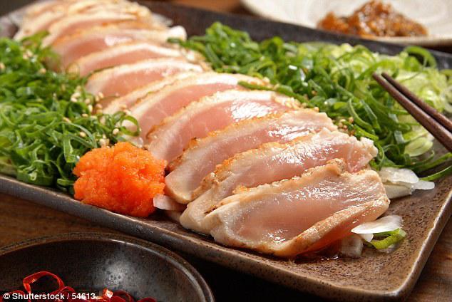 Suýt mù vì nhiễm giun do ăn sushi: 4 thực phẩm dễ có ký sinh trùng nhiều người hay ăn-1