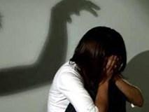 Ngủ lang, cô bé 13 tuổi bị nhóm thanh niên thay nhau 'quan hệ'