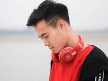 Trước mái tóc đang gây sốt, hóa ra Văn Toàn còn để nhiều kiểu tóc chất nghệ và trendy chẳng kém