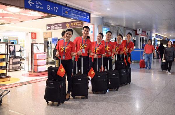Ngập sắc đỏ trên chuyến bay Vietnam Airlines sang Indonesia-3