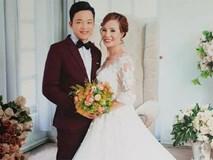 Cô dâu 61 tuổi xúc động khi mẹ chồng tặng bộ váy cưới truyền thống của dân tộc Dao