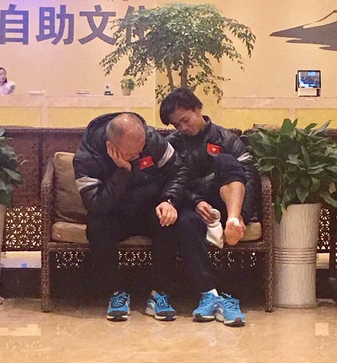 HLV Park Hang Seo và những khoảnh khắc xúc động với bóng đá Việt Nam-2