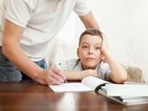 3 lý do giải thích vì sao việc cha mẹ kèm con làm bài tập về nhà là sai lầm