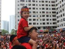 Mong Olympic Việt Nam giành chiến thắng 'đổi phong thủy' đặt lại màn hình LED