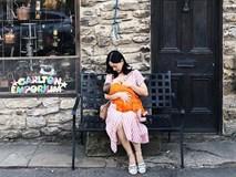 Mẹ đảm như Lan Phương: Chẳng ngại cho con bú mọi lúc, mọi nơi mà không sợ mất thẩm mỹ