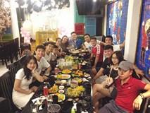 Tiến Dũng, Quang Hải, Đức Chinh tụ tập ăn uống sau lễ vinh danh