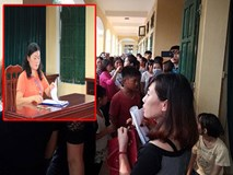 Hà Nội: Hiệu trưởng bất ngờ vắng mặt trong lễ khai giảng, cổng chính bị đóng chặt