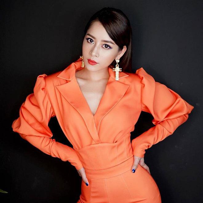 Chi Pu gây tranh cãi khi mặc đồ xuyên thấu, tạo dáng táo bạo-2