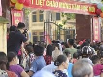 Trưởng phòng GD huyện lý giải nguyên nhân hiệu trưởng rời khỏi lễ khai giảng ở Hà Nội