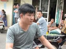 Nam công nhân kể lại giây phút hàng chục người tháo chạy khỏi tòa nhà khi xảy ra rung lắc ở Hà Nội