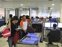 Khay đựng đồ sân bay có độ bẩn gấp nhiều lần bồn cầu
