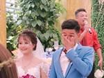 Chú rể trẻ Lạng Sơn khóc như một dòng sông dắt tay cô dâu trong ngày cưới-9