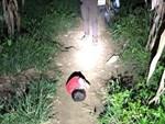 Không còn ngủ ngoài đường, cậu bé Hà Giang khóc nhớ mẹ-4
