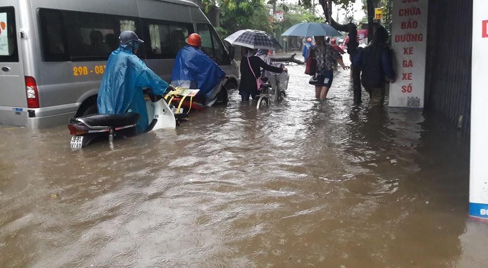 Bão số 5 suy yếu thành áp thấp, Hà Nội cuối tuần mưa to-2