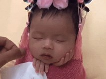 Chỉ mới 31 ngày tuổi nhưng cô bé này đã hạ gục triệu trái tim vì khoảnh khắc ngủ thôi cũng thấy yêu lắm rồi