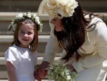 Có một cử chỉ mà Hoàng tử William và Công nương Kate luôn làm khi nói chuyện với các con của mình khiến phụ huynh thế giới phải ngưỡng mộ