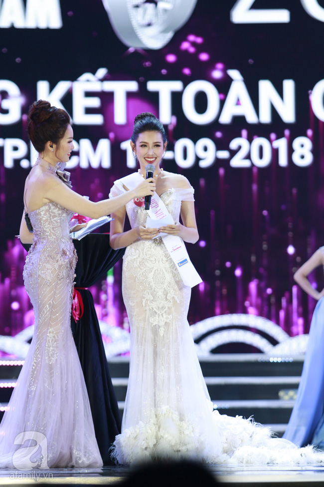Chung kết HHVN 2018: Top 5 lộ diện trả lời ứng xử xuất sắc-1