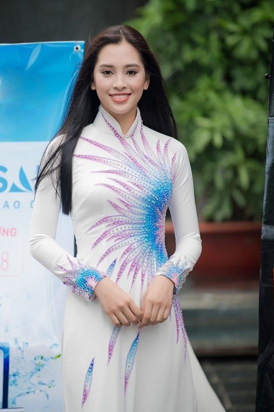 Trần Tiểu Vy và hành trình âm thầm toả sáng suốt chặng đường Hoa hậu Việt Nam 2018-1