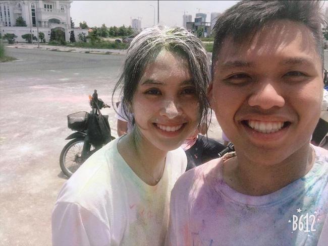 """Loạt ảnh ăn quán vỉa hè, lí lắc với bạn hay selfie"""" tự sướng của Tân Hoa hậu Việt Nam 2018 được hé lộ-6"""