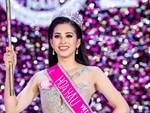 Mẹ của Trần Tiểu Vy nghẹn ngào không nói nên lời khi con gái đăng quang hoa hậu-1