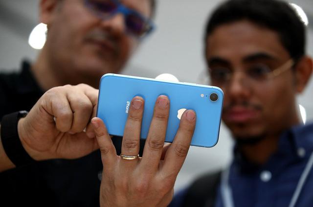 5 lý do khiến iPhone XR đáng mua hơn iPhone XS-3
