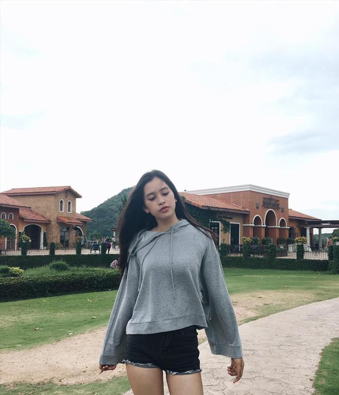 Cuộc sống ít biết của Tân Hoa hậu Việt Nam Trần Tiểu Vy trước ngày đăng quang-11