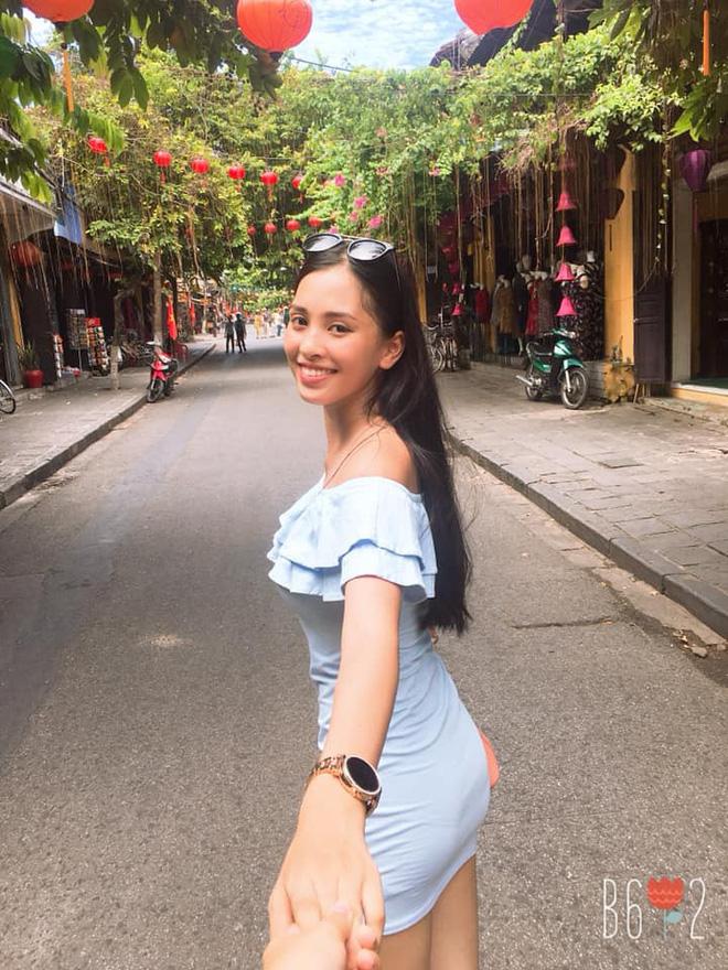 Cuộc sống ít biết của Tân Hoa hậu Việt Nam Trần Tiểu Vy trước ngày đăng quang-1