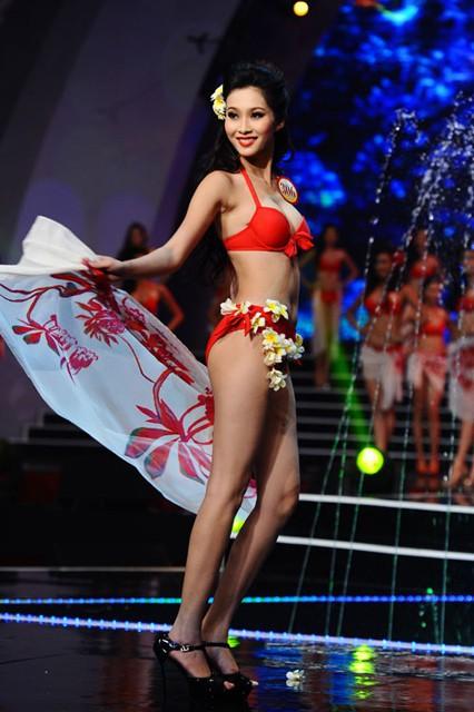 Chung kết Hoa hậu Việt Nam 2018 Lịch sử áo tắm của các kỳ HHVN: từ một mảnh sang hai mảnh, ngày càng chóe hơn và kiệm vải hơn-9