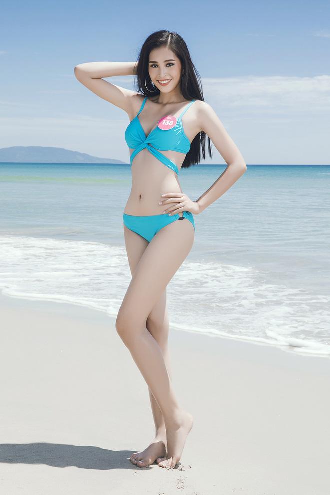 Dù mới 18 tuổi, Hoa Hậu Trần Tiểu Vy vẫn diện bikini vô cùng nóng bỏng-5