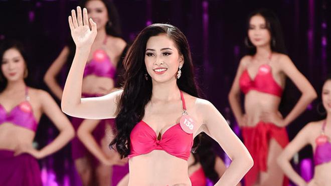 Dù mới 18 tuổi, Hoa Hậu Trần Tiểu Vy vẫn diện bikini vô cùng nóng bỏng-9